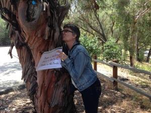 jen hugging tree